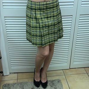 Theory pleated plaid skirt with front pockets